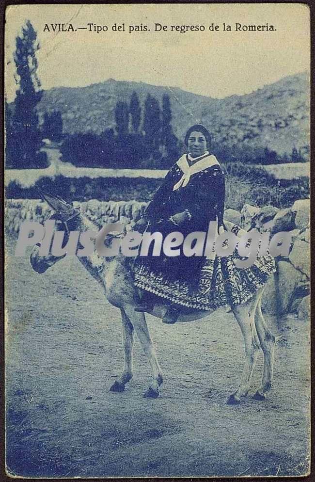 Mujer de ávila de regreso de la romería