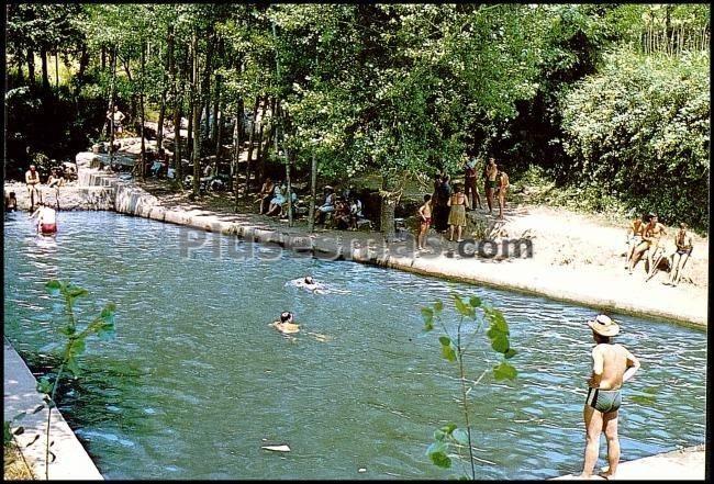 Piscina municipal de mombeltr n vila fotos antiguas for Piscinas naturales santander