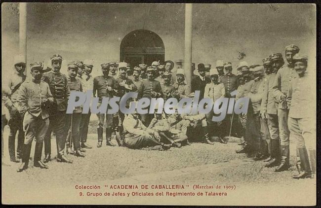 Grupo de jefes y oficiales del regimiento de talavera de la academia de caballería de valladolid