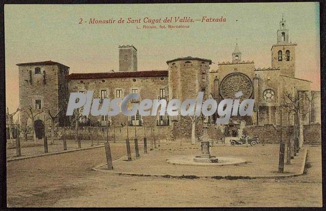 Fatxada Y Plaça Del Monastir De Sant Cugat Del Vallés (Barcelona)