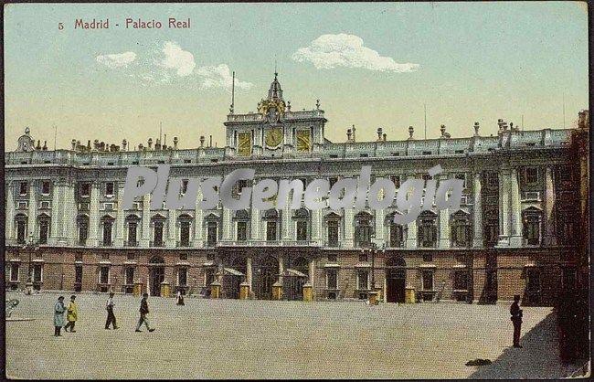 Vista frontal del palacio real en madrid fotos antiguas for Rea comunidad de madrid
