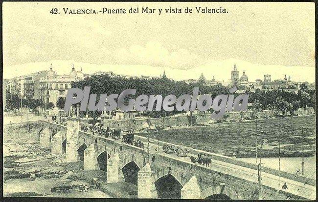 Puente del mar y vista de valencia
