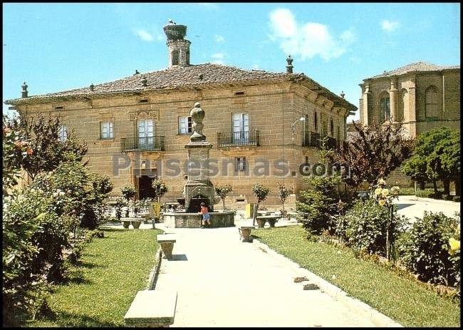 Jardines de la plaza de la florida en casalarreina la rioja fotos antiguas - Jardines de azahar rioja ...