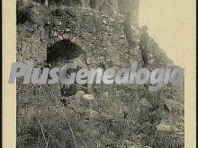 El castillo. puerta del algibe, alange (badajoz)