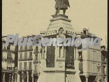 Estatua del conde ansurez de valladolid