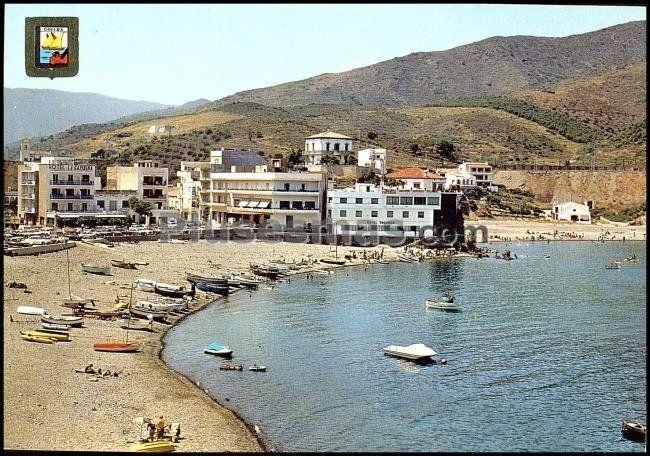 Playa y vista general de Colera, Gerona