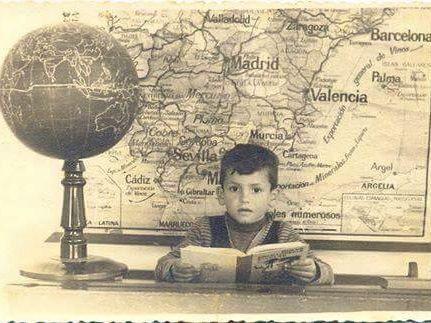 Jose Francisco Chica Gonzalez, en el colegio Ataque Seco de Melilla (1957)