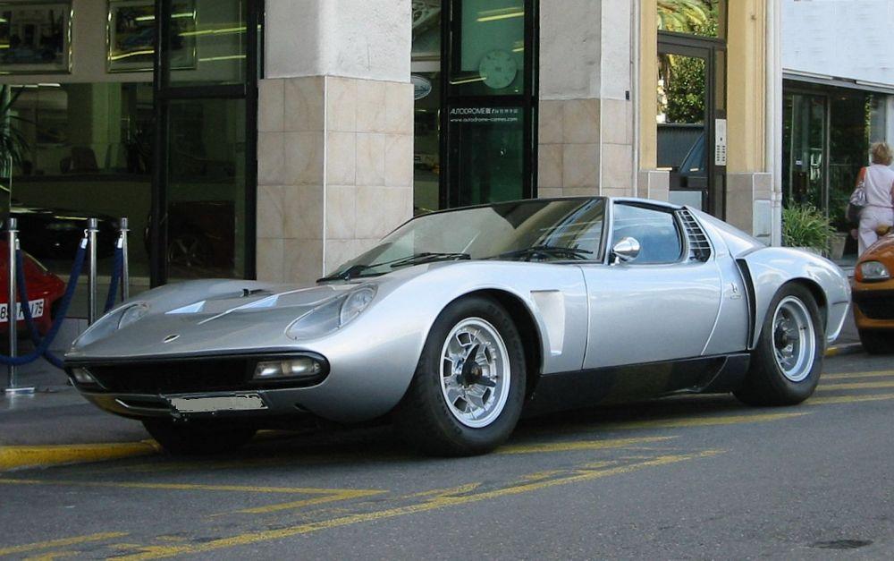 Lamborghini Miura (1966- 1972)