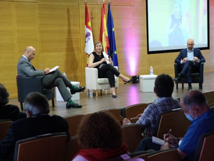 La Junta de Castilla y León analiza con expertos internacionales la implantación de un innovador sistema para evaluar la calidad de los centros residenciales