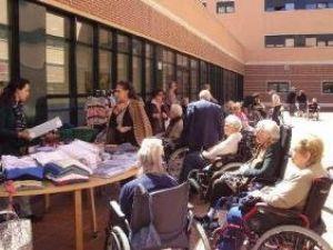 'La Tienda del Abuelo' abre sus puertas a los residentes de Amma Usera (Madrid)