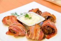 Rollitos de bacon con higaditos de pollo