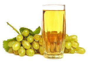 Zumo de uva para nivelar la bilis