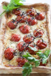 Quiché gorgonzola y tomates a las hierbas