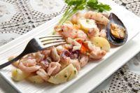 Ensalada fría de patatas y marisco