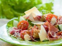 Ensalada de jamón y queso
