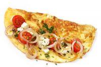 Tortilla de mozzarella, tomate y cebolla