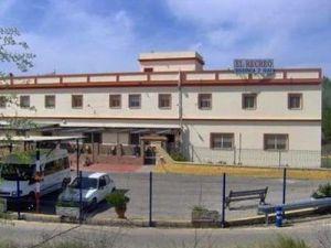 Residencia de Mayores El Recreo