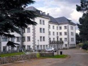 Centro residencial Sanyres Guadarrama