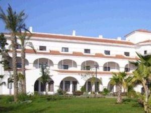 Centro residencial sar torrequebrada