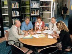 ¿Influye el entorno social y profesional en las pérdidas de memoria?