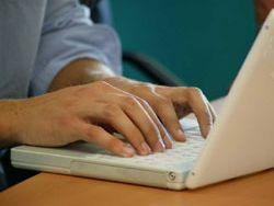 Opera con seguridad con tu banco a través de internet