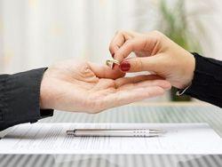 ¿Tienen derecho a la herencia los separados y divorciados?