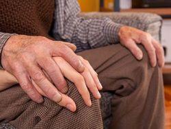 Maltrato a personas mayores: malos tratos vs buen trato a los ancianos