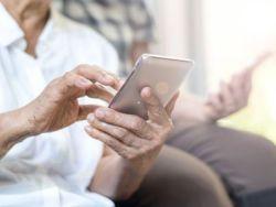 El 80% de los usuarios de más de 65 años quieren un smartphone