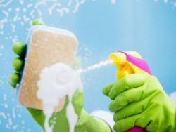 2 trucos de la abuela para limpiar las ventanas