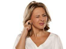 El truco de la abuela para eliminar un tapón de cera en el oído