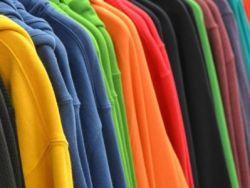 El truco de la abuela para que la ropa no destiña ni pierda color