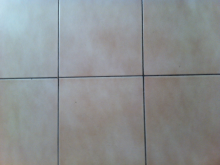 El truco de la abuela para limpiar las juntas de las baldosas o azulejos