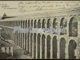Vista diagonal del acueducto de segovia