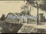 Vista diagonal del puente colgante de valladolid