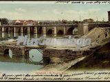 Postal dedicada del puente mayor de valladolid