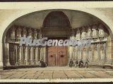 Puerta de los apóstoles de la catedral de girona