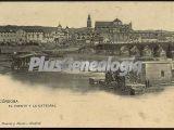 El puente y la catedral de córdoba