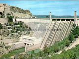 Presa y central eléctrica en el pantano de buendía (cuenca)