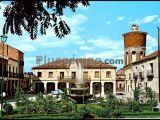 Plaza mayor y ayuntamiento de fuentepelayo (segovia)