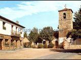 Plaza de la iglesia en navas de riofrío (segovia)