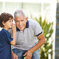 ¿Das la confianza suficiente a tus nietos como para que te cuenten cosas que a sus padres no se atreven?