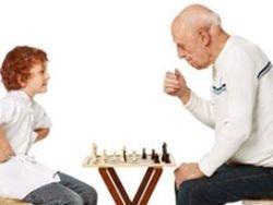 Los beneficios de los centros intergeneracionales