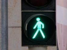 El chip que prolonga la luz verde de los semáforos