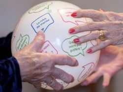 'Quidi Balll', un juego que frena el alzhéimer
