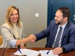 Amavir firma un acuerdo con Pensium para ofrecer a las familias un apoyo financiero que les ayude en el pago de la residencia