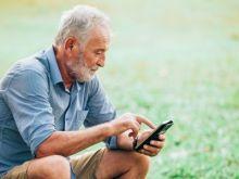 El 80% de las personas mayores ya vive conectado a Internet