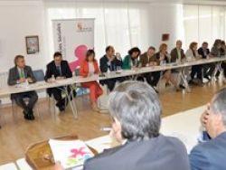 La Junta aprueba una subvención de más de 174 millones de euros para cofinanciar los Servicios Sociales que prestan las corporaciones locales durante 2013 y 2014