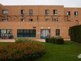 Centro residencial Sanyres Andújar