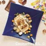 Merluza con berberechos y pipas