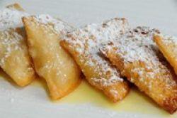 Empanadillas dulces de manzana asada con anís y natillas